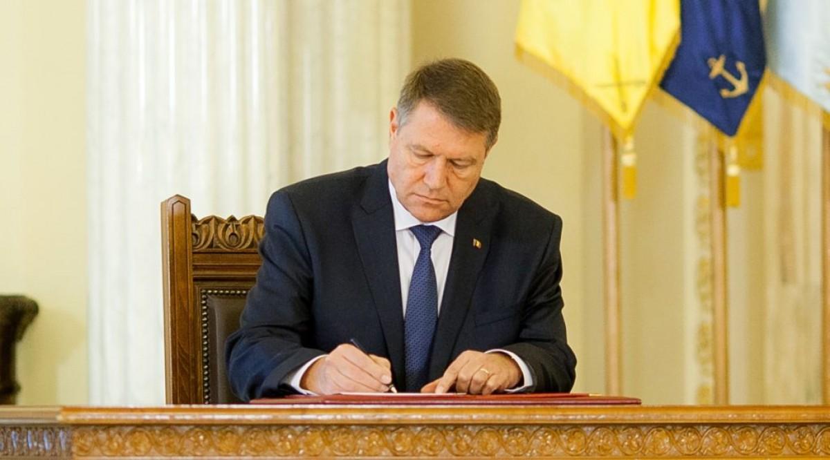 ADIO, Crăciun și Revelion! DECIZIA a fost luată, documentul a fost semnat! TOȚI românii vor avea de suferit